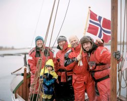Fishermen returning from the annual Lofotfiske II – Ulf, Ailo, Sten, Svein and Ingmar Frozen bay